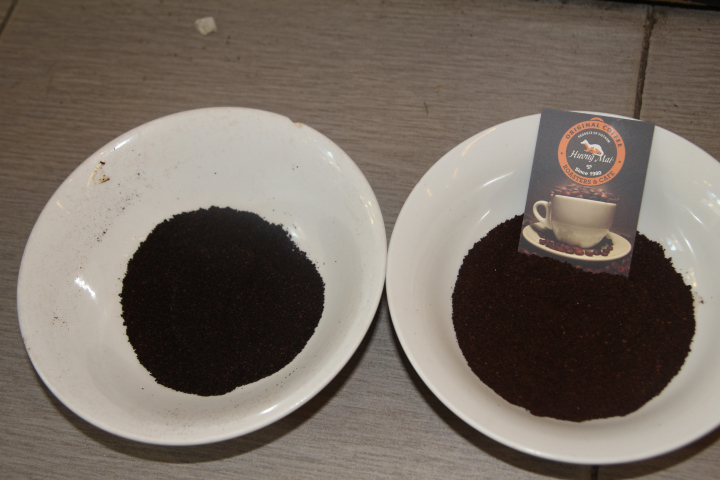 Pure coffee has nice brown color, mean while the fake one is black and its powder stick on the bowl