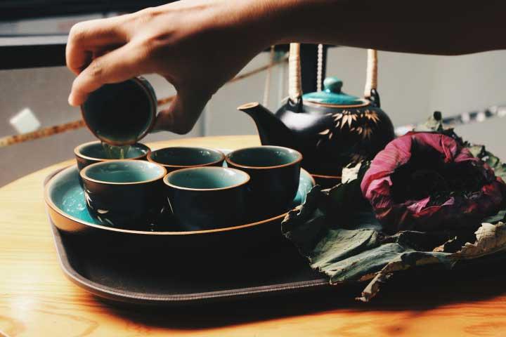 Шаг подогрева делает чай дольше теплым и вкуснее