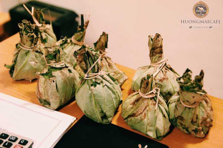 Натуральный вьетнамский чай лотоса в кафе Huongmai